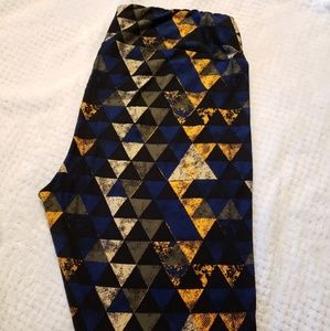LuLaRoe Pants - Lularoe TC Leggings Triangle Pattern
